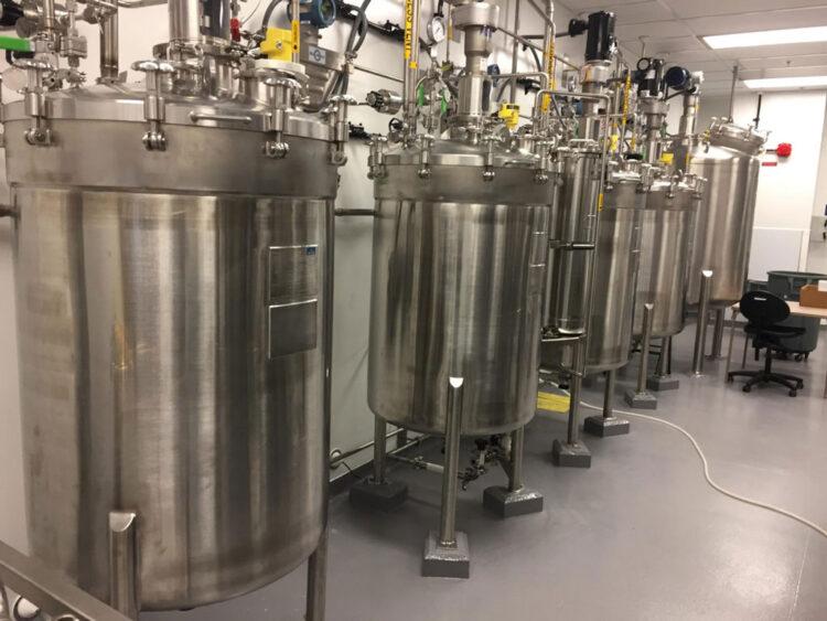 sanitary thiolation tanks